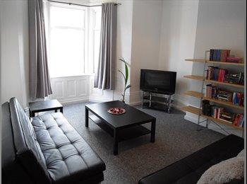 EasyRoommate UK - Roxburgh Place, Heaton, Newcastle, Heaton - £270 pcm