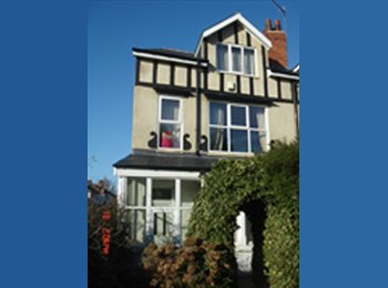 EasyRoommate UK - 2 Double Bedrooms in a large Victorian House Share, Crossgates - £325 pcm
