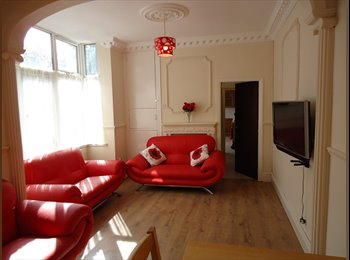 EasyRoommate UK - DOUBLE ROOMS IN HOUSE SHARE, ACOCKS GREEN,, Acocks Green - £400 pcm
