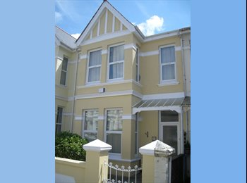 EasyRoommate UK - Mixed House Share in Peverell, PL3 5UE..., Peverell - £380 pcm