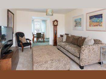 EasyRoommate UK - DOUBLE ROOM Nr Marina, All Bills Inc, Newhaven - £510 pcm