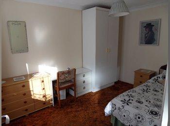 EasyRoommate UK - Single Room, Derriford, Crownhill - £368 pcm
