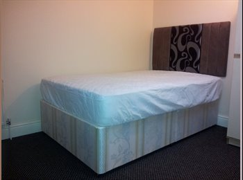 EasyRoommate UK - Room Double Bills Included Bournville QE Bham Uni, Lifford - £350 pcm