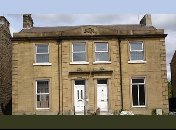EasyRoommate UK - Rooms to let in shared house. All bills included, Huddersfield - £250 pcm