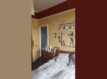 EasyRoommate UK - Large double room available, Basingstoke - £460 pcm