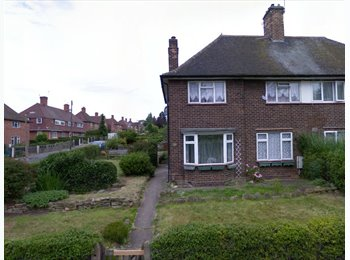 EasyRoommate UK - Friendly Female Only House share!, Old Basford - £325 pcm