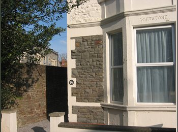 EasyRoommate UK - **STUDENT LET** Single/Double Bedrooms in Fishponds (£400-£300)., Fishponds - £400 pcm
