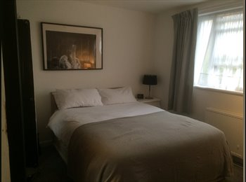 EasyRoommate UK - 1 Double room  £800, 1 single  room £750, South Hackney - £800 pcm