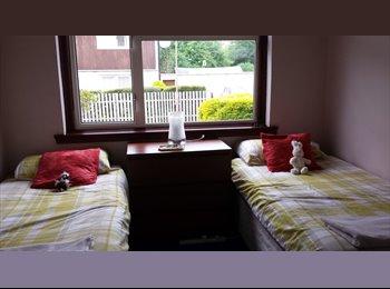 EasyRoommate UK - Twin Room, Clermiston - £420 pcm