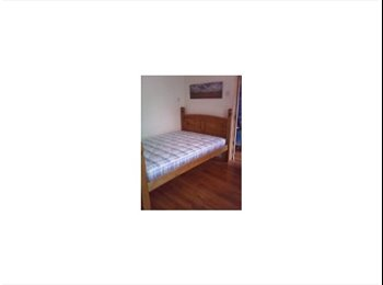 EasyRoommate UK -  Furnished double room available soon! , Southampton - £355 pcm