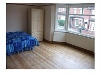 EasyRoommate UK - Double room to rent inclusive of bills, High Town - £450 pcm