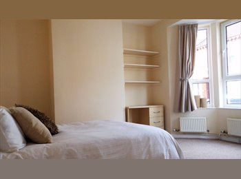 EasyRoommate UK - 1x Large furnished double room available  in town centre NN1, Semilong - £420 pcm