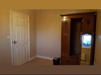 EasyRoommate UK - Room to rent in shared house with 1 person, Orchard Park - £600 pcm