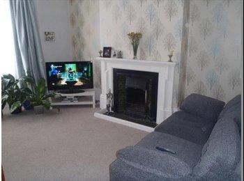 EasyRoommate UK - Homely-friendly-weekly cleaner-all bills included, Walker - £395 pcm