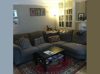 EasyRoommate UK - Large double room in beautiful mews flat great central location next to hyde park, Bayswater - £1,130 pcm