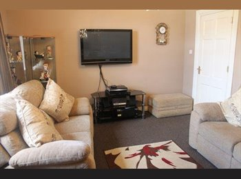 EasyRoommate UK - 5 Bed Flat Croy, 5 min from Train Station, Millerston - £275 pcm