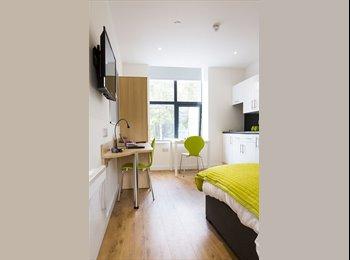 EasyRoommate UK - Luxury Student Studio Apartment in Huddersfield! , Huddersfield - £563 pcm