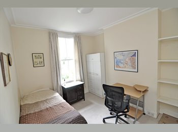 EasyRoommate UK - A cosy room in prestigious Chelsea available for short let, Chelsea - £910 pcm
