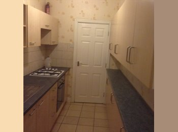 EasyRoommate UK - Furnished single room in clean & tidy shared house, all bills included , Handsworth - £240 pcm