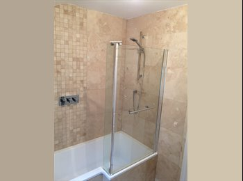 EasyRoommate UK - Double Rooms   FEMALES ONLY, Abington - £420 pcm