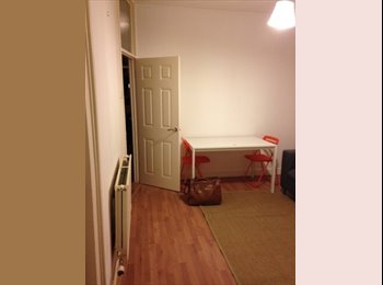 EasyRoommate UK - 4 bedroom house for rent in Cathays, Cathays - £300 pcm