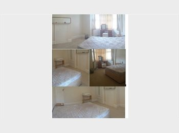 EasyRoommate UK - 3 rooms AVAILABLE in QUIET and CLEAN house, Wood Green - £570 pcm