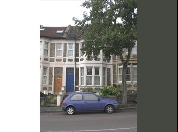 EasyRoommate UK - Double Room in Professional House - Glouc Rd, Horfield - £510 pcm