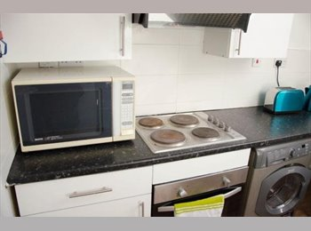 EasyRoommate UK - 10 Albion Street 4 bedroom flat Leicester City Centre, Leicester - £387 pcm
