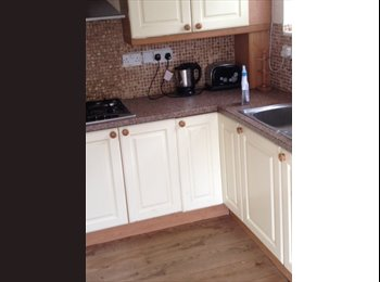EasyRoommate UK - Double room to let, Mansfield - £390 pcm