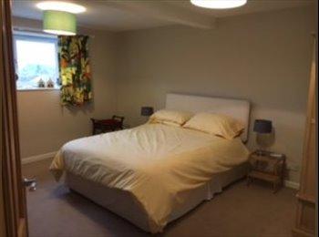 EasyRoommate UK - Double room in my home , Craigmillar - £550 pcm
