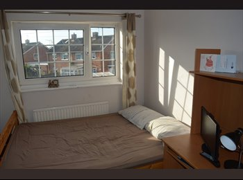 EasyRoommate UK - Double bed room  all inclusive, Cowley - £500 pcm