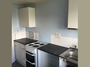 EasyRoommate UK - Double rooms available in NW9 First month free, Burnt Oak - £480 pcm