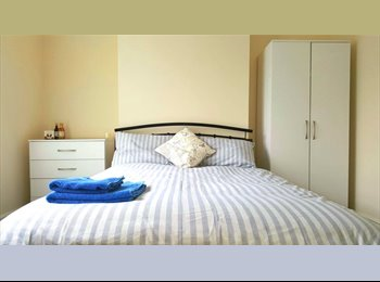 EasyRoommate UK - Four Bed Share In Edgbaston, Rotton Park - £450 pcm