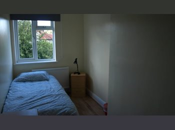 EasyRoommate UK - double rooms  willesden green area zone 2, Willesden - £550 pcm