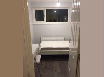 EasyRoommate UK - Luxury room near Luton Airport/Town/Uni (LU2), Tin Town - £480 pcm