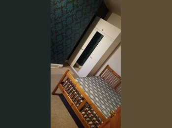 EasyRoommate UK - Double room - Nice house, Grimsby - £280 pcm