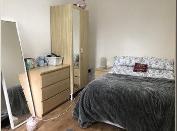 EasyRoommate UK - **Room for rent in Jesmond- £75pwk/£325pcm**, Jesmond - £325 pcm