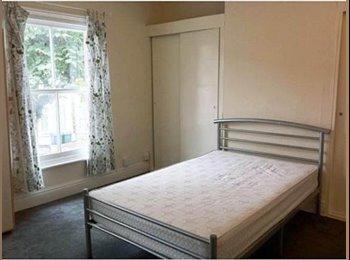 EasyRoommate UK - 4 Bedroom House,Stoke CV31AF, Fully Furnished, Stoke Aldermoor - £400 pcm