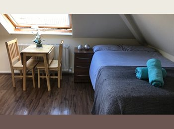 EasyRoommate UK - New Style Studio Flat for £1055pcm All Bills Included!, Cricklewood - £1,000 pcm