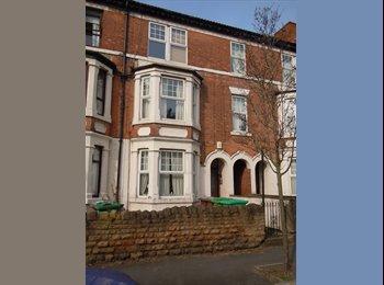 EasyRoommate UK - LOVELY GROUND FLOOR ONE BED FLAT , Carrington - £525 pcm