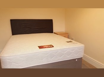 EasyRoommate UK - En-Suite Rooms  Five mins to Cabot & Temple Meads , Temple Meads - £595 pcm