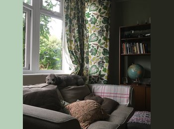 EasyRoommate UK - Room in two bed share in perfect location near Heaton park!!, Heaton - £288 pcm