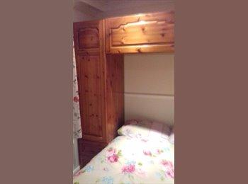 EasyRoommate UK - nice room in nice house, South Ockendon - £450 pcm