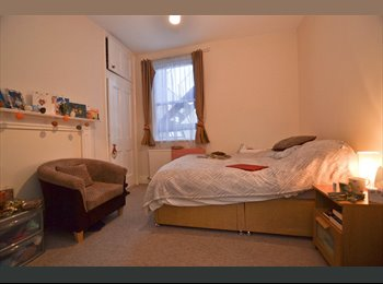 EasyRoommate UK - Stunning Double in the Heart of Wimbledon!, Wimbledon - £607 pcm