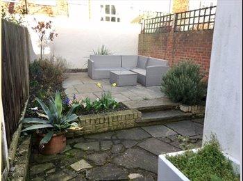 EasyRoommate UK - FAB house-Bills Inc! Garden for BBQs! Brixton!, Brixton - £880 pcm