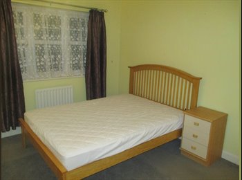 EasyRoommate UK - £600 PCM DOUBLE ROOMS TO RENT. ALL BILLS INCLUSIVE COULSDON, GREATER LONDON, Sanderstead - £600 pcm