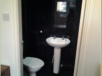 EasyRoommate UK - House Share Available 11 Chapel Street , Preston - £347 pcm