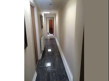 EasyRoommate UK - Room to let, St Judes - £650 pcm