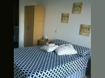 EasyRoommate UK - @Gorgeous EN-SUITE room available in Canning Town!Discounted price!, Canning Town - £953 pcm