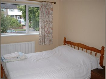EasyRoommate UK - Double Room in Clean Bright Home, Botley - £500 pcm